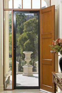 invisi-gard-door-screen