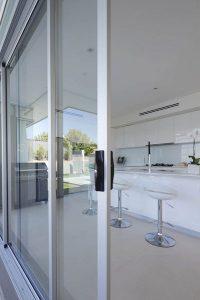 sliding-aluminium-doors